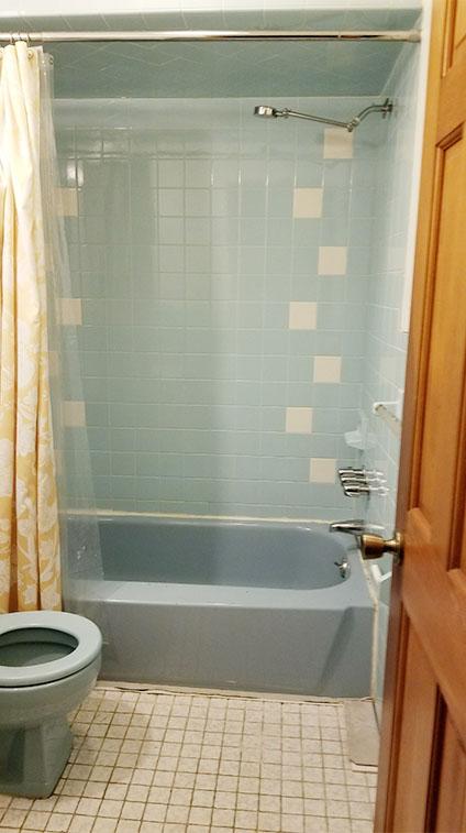 Jackson Bathroom Before Renovation by Rasinski Construction