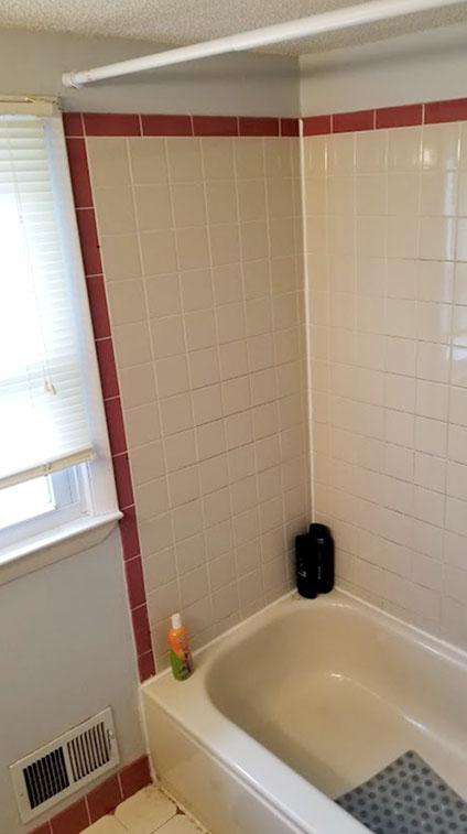 Jackson Bathroom 2 Before Rasinski Construction Remodel