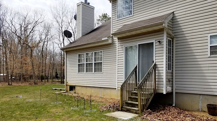 Jackson NJ Home Before a Rasinski Trex Deck Installation